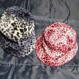 Mudd Other - Womens winter hats.